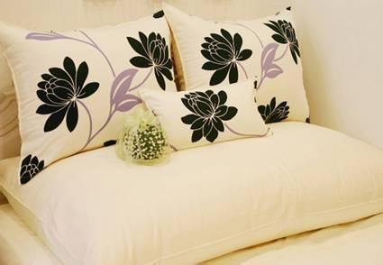 不同种类的枕芯具有哪些特点呢?床上用品厂为你揭晓