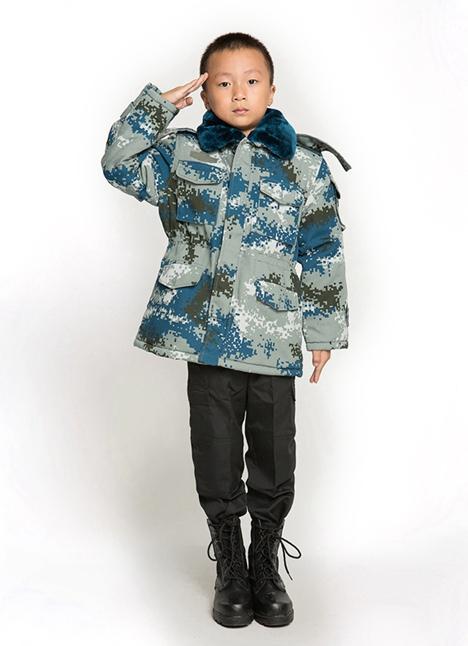 儿童迷彩大衣