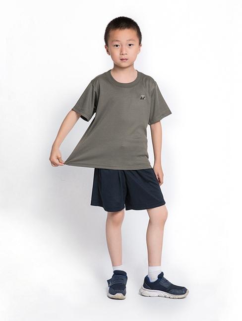儿童陆体能服